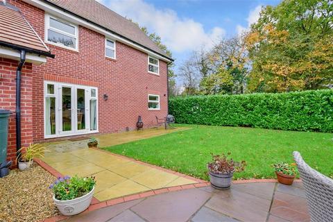 4 bedroom detached house for sale - Davies Close, Staplehurst, Kent