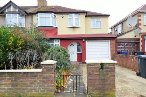 4 bedroom end of terrace house to rent - Launceston Road, Perivale, Greenford, Greater London