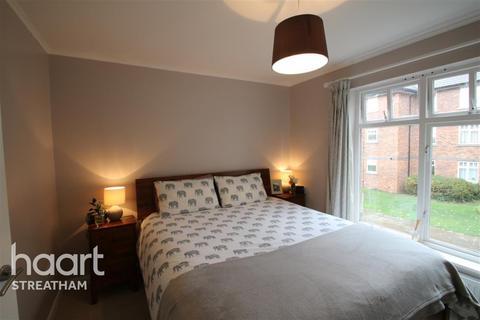 2 bedroom flat to rent - Leigham Court Road, SW16