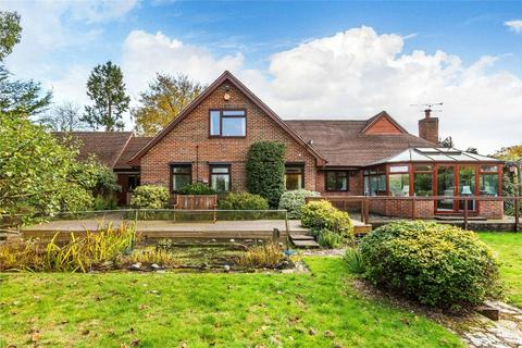 4 bedroom chalet for sale - Farnham, Surrey