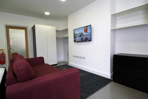 Studio to rent - North Hill, Plymouth