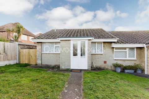 2 bedroom semi-detached bungalow for sale - Cranbourne Close Ramsgate