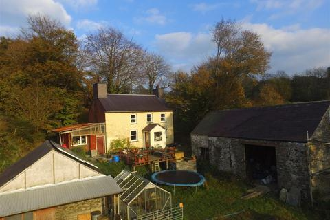 1 bedroom property with land for sale - Ffaldybrenin, Near Lampeter.