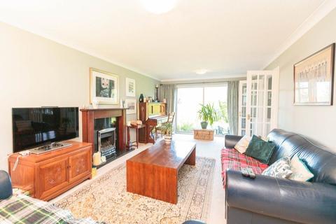 5 bedroom detached house to rent - BROOMYKNOWE, COLINTON, EH14 1JZ