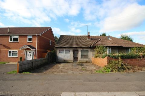 Semi detached bungalow for sale - Ty Rhiw, Taffs Well, Cardiff