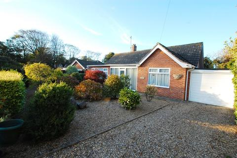 2 bedroom detached bungalow for sale - The Glade, Overstrand
