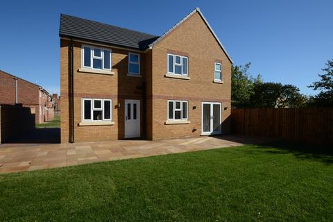 4 bedroom detached house to rent - Holdich Street, Peterborough, Peterborough, PE3