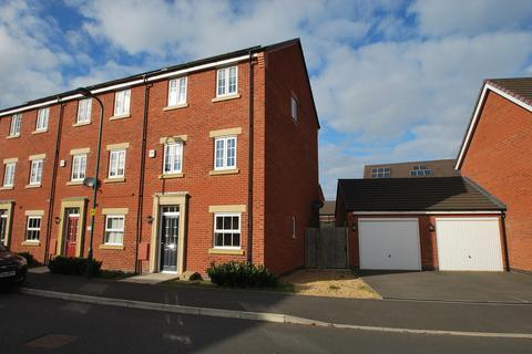 4 bedroom townhouse for sale - Jupiter Avenue, Peterborough