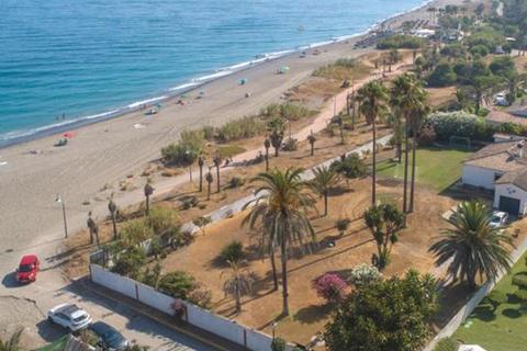 5 bedroom villa  - New Golden Mile, Estepona, Malaga