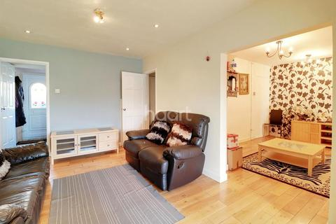 4 bedroom terraced house for sale - Aitken Road, Barnet, EN5
