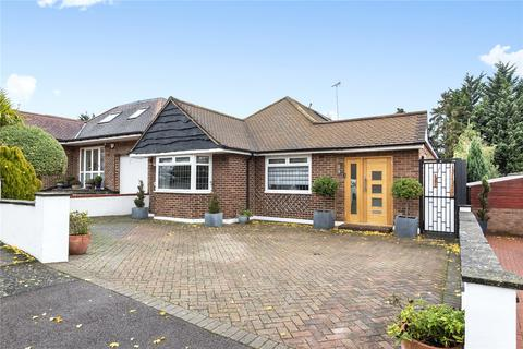 4 bedroom bungalow for sale - Embry Way, Stanmore, Middlesex, HA7