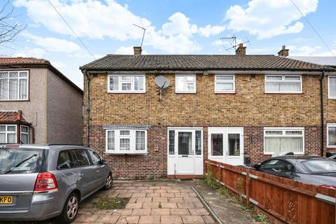 3 bedroom semi-detached house for sale - Linchmere Road, Lee