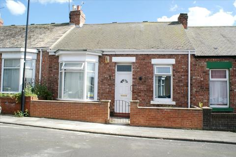 3 bedroom cottage - Rokeby Street, Sunderland, Tyne and Wear, SR4 7EQ