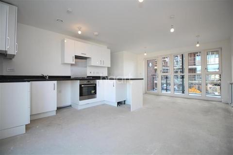 2 bedroom flat to rent - Shackleton Drive, DA1