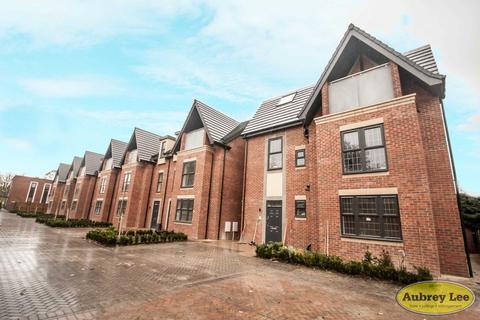 2 bedroom apartment to rent - Apartment 3, 7 Brockworth Gardens, Cheltenham Crescent, Salford
