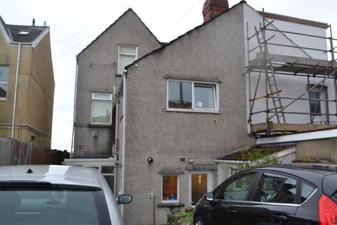 8 bedroom semi-detached house to rent - The Promenade, Swansea