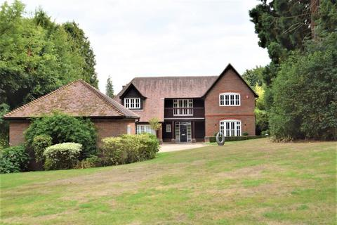 5 bedroom detached house to rent - Hill Farm Lane, Chalfont St Giles, Bucks, HP8