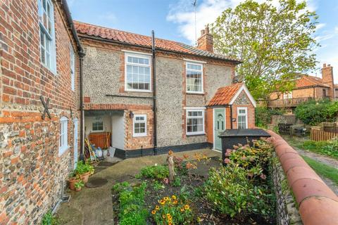 1 bedroom semi-detached house for sale - 64 High Street, Wells-next-the-Sea