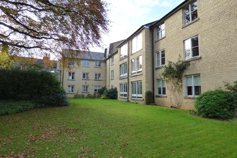 2 bedroom apartment for sale - Mullings Court, Cirencester, Gloucestershire
