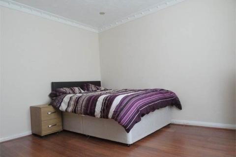 1 bedroom house share to rent - Room 6, Bradwell Road, Netherton, Peterborough