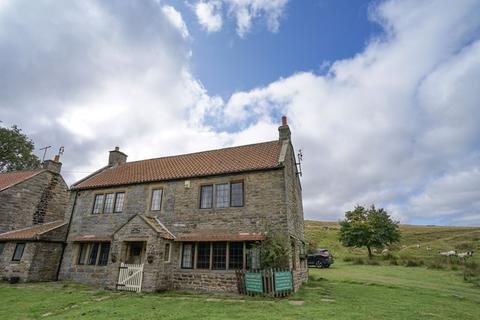 4 bedroom link detached house for sale - 3 Bed detached house with separate one bed annexe & pool, Goathland Nr. Whitby