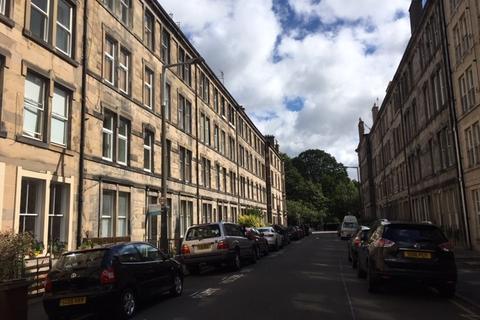 3 bedroom flat to rent - Valleyfield Street, Meadows, Edinburgh, EH3 9LR