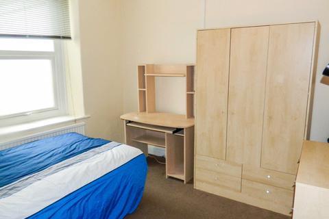 3 bedroom house to rent - Graig Terrace, Mount Pleasant, Swansea