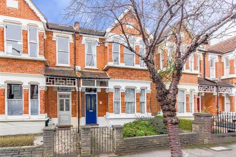4 bedroom terraced house for sale - Dangan Road, Wanstead, London