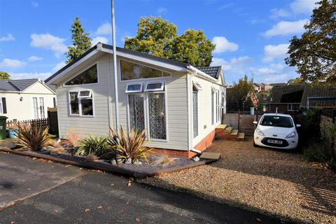 Search Mobile Homes For Sale In Uk | OnTheMarket