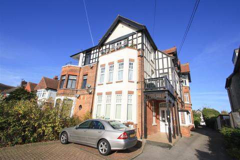 1 bedroom ground floor flat for sale - Imperial Avenue, Chalkwell