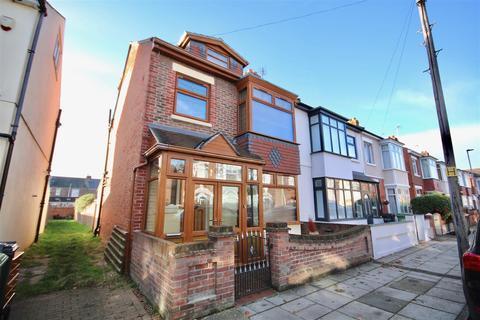 4 bedroom semi-detached house for sale - Battenburg Avenue, Portsmouth