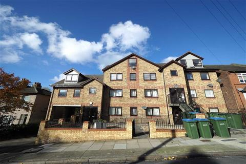 1 bedroom flat to rent - Cantwell Road, Shooters Hill, London, SE18