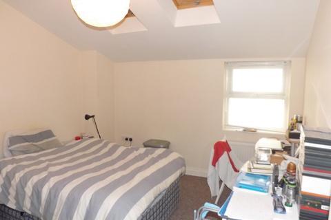 2 bedroom ground floor flat to rent - *NO STUDENT FEES* Fawcett Road, Southsea