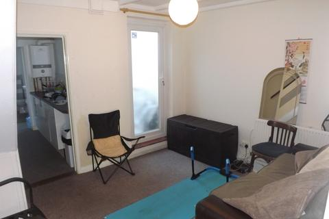 2 bedroom terraced house to rent - Stansted Road, Southsea