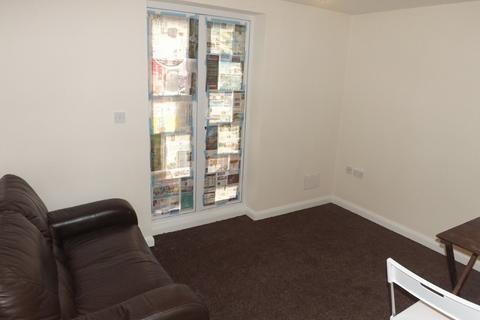 2 bedroom ground floor flat to rent - Somers Road, Southsea