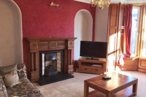 3 bedroom flat to rent - 130 Broomhill Rd, Aberdeen, AB10 6HX