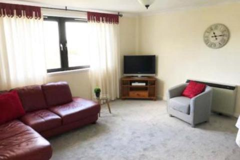 2 bedroom flat to rent - 2 Deer Road, Flat 12
