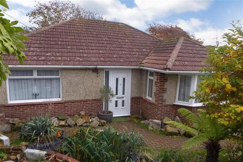2 bedroom bungalow for sale - Crescent Close, Woodingdean, Brighton, East Sussex