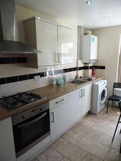 3 bedroom flat to rent - 15 Richmond Crescent, Cathay`s, Cardiff CF24