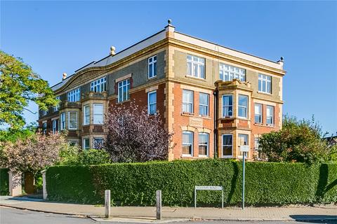3 bedroom flat for sale - Dryburgh Mansions, 2 Egliston Road, London