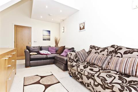 2 bedroom penthouse to rent - Harbour Lights, 121 North Road, Poole, BH14
