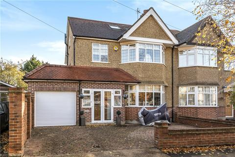 4 bedroom semi-detached house for sale - Hawthorne Avenue, Ruislip, Middlesex, HA4