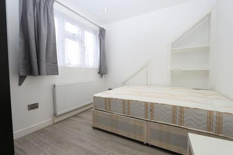 1 bedroom house share to rent - Wanstead Lane, Ilford