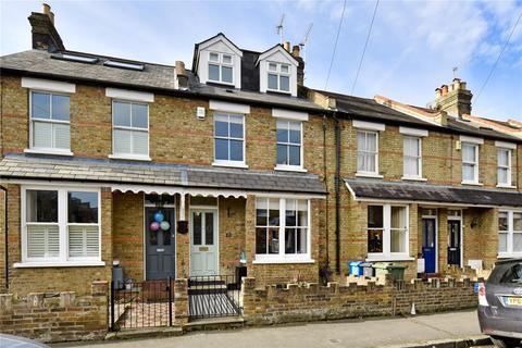 5 bedroom terraced house to rent - Victor Road, Windsor, Berkshire, SL4