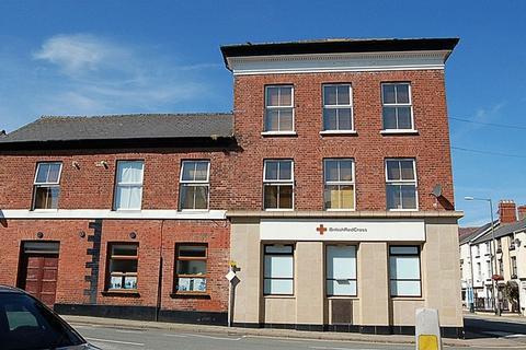 2 bedroom apartment to rent - High Street, Tywyn