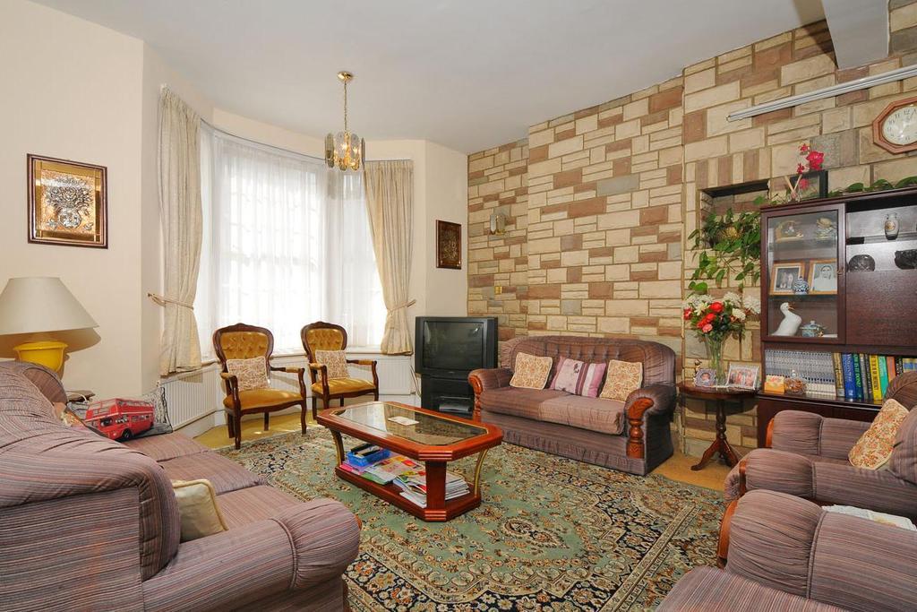 4 Bedrooms End Of Terrace House for sale in Adie Road, Brackenbury Village