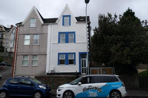 6 bedroom house to rent - King Edwards Road, Brynmill, Swansea
