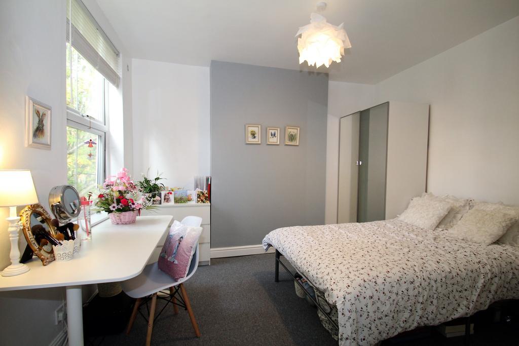 Image  Bedroom 3