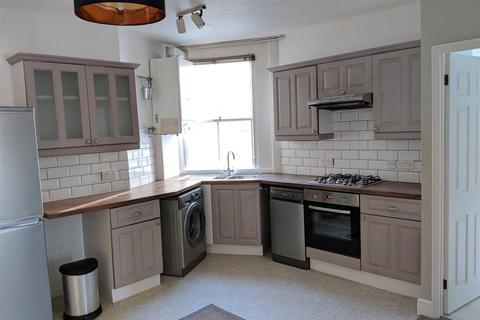 2 bedroom flat to rent - Crescent Road, Brighton
