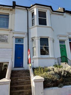 2 bedroom flat to rent - Crescent Road, Brighton